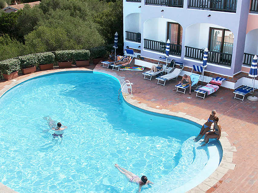 Hotel Club Li Graniti na Sardynii